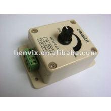 Gradateur couleur simple à bande LED