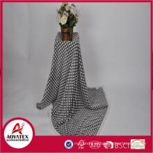 2018 100% poliéster pequeño tamaño suave impreso manta de lana de Coral