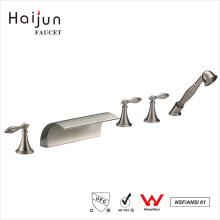 Haijun productos de bajo precio independiente de la cubierta de cascada montada grifos de la bañera