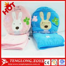 Самый дешевый одеяло подушки плюша OEM шаржа мягкое 2 в 1