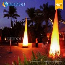 Piliers gonflables à l'arc décoratif Tubes à défenses d'ivoire Cones allumés LED