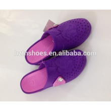 Stock slippers hollow out women beach slippers