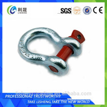 Heavy duty marine shackle insulator