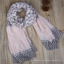 Modetrends gedruckt Stammes-Polyester-Streifen Siebdruck lange breite Polyester Schal Kopf wickeln floral Schals 2017