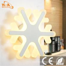 Dispositivos elétricos claros decorativos novos da parede do diodo emissor de luz do presente do Natal Funky do projeto