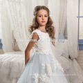 2017 Hermoso vestido blanco y azul claro de encaje de tul con gradas Little Princess Flower Girl Dress Patterns gratis