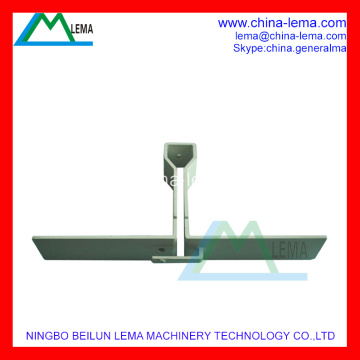 Zinc alloy die casting antenna element