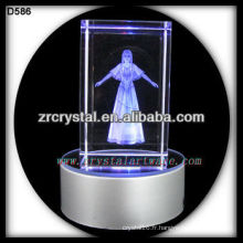 Cube en cristal 3D gravé au laser avec base LED