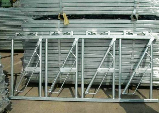 Hot DIP Galvanized Cattle Headlocks2
