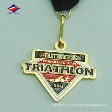 Die casted cheap metal price fashionable good plated medals
