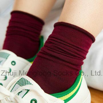 Bonne qualité de Fashion Girl Long hiver chaussettes petit MOQ accepter