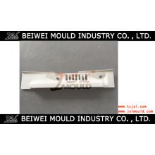 Moule de compression pour pièces automobiles SMC BMC