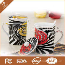 Set of 1 (10 OZ) porcelain mug with lid and spoon in color box, item No: GY-TH-004