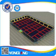 Grand trampoline d'intérieur avec Dodgeball