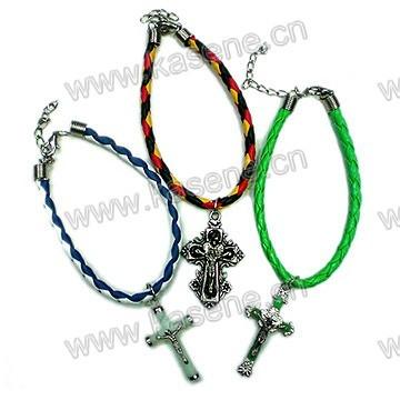 ] Bracelet à cordon avec croix lumineuse en plastique