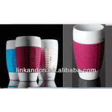 Haonai 2014 tasse sans poignée en porcelaine avec manchon en silicone coloré