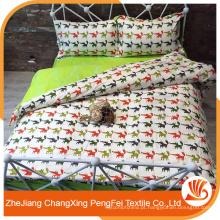 Folha de cama bonito impressa por desenhos animados de raposa