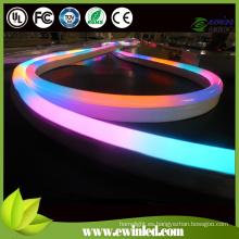 Letrero de neón LED RGB con cubierta color blanco / leche