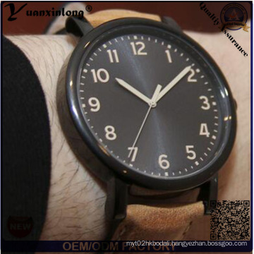 Yxl-749 2015 New Fashion Casual Round Dial Leather Strap Men Watch Hot Watch, Custom Logo Available Wristwatch