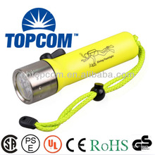Profesional magnéticamente controlado IP68 submarino cree led linterna de buceo con interruptor magnético TP-50Y