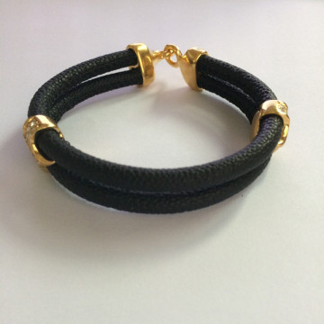 Mens Black Stingray PU Leather Triangle Clasp Bracelet
