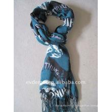 Весенний богемный вискозный шарф