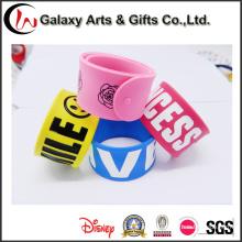 Customized Logo Popular Silicone Promotion Souvenir Silicone Slap Bracelets as Advertising Gifts