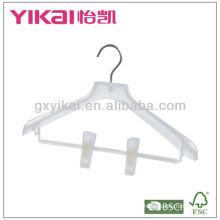Percha de plástico con clips