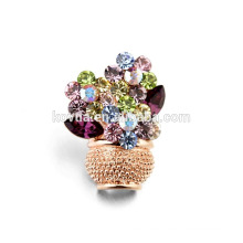 Vintage elegant cheap vase crystal magneitic brooch jewelry