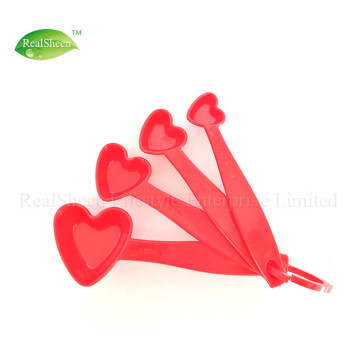 4 Piece Heart Shaped Measuring Colheres Set