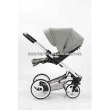 Причудливая и хорошая детская коляска с рамой