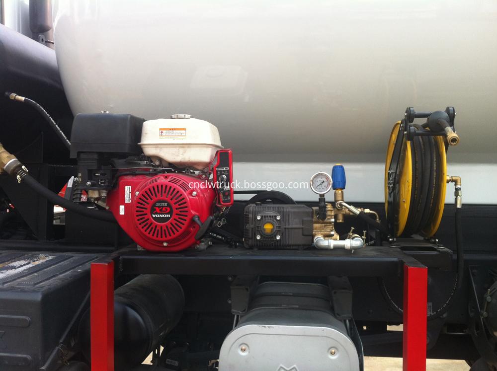 industrial vacuum trucks DETAILS 2