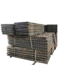Durable triangular steel pig slat floor pig farrowing for pig farm