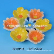 Placa de huevo de Pascua de cerámica de la forma encantadora de la flor
