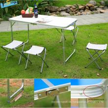 Hochwertige Faltbrücke Tisch + 4 Stühle