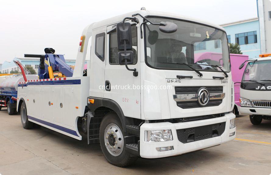 heavy duty recovery trucks 4