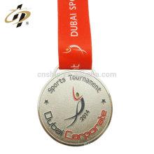 Médaille de logo en émail souple de sport bon marché en métal sur mesure