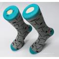 Chaussettes fantaisie faite sur commande d'hommes de chaussettes de fantaisie colorées