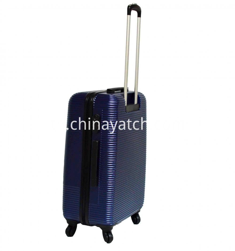100 Pet Hard Suitcase