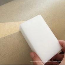Limpie la esponja para el uso de la cocina