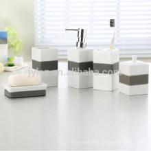 Salle de bains en céramique