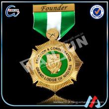 Venda directa de fábrica Militar medalhas de ouro com fitas / medalha de medalha militar personalizada nenhuma ordem mínima