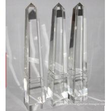 Gravure gratuite de trophée en cristal de pyramide faite sur commande de verre