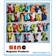 26 imán de madera del refrigerador de la historieta del alfabeto / juguetes lindos de la educación