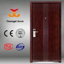 porta de madeira a mais atrasada da entrada da casa do projeto