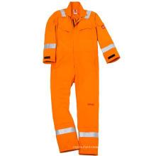 Огнестойкие тканевые пожарные костюмы в целом