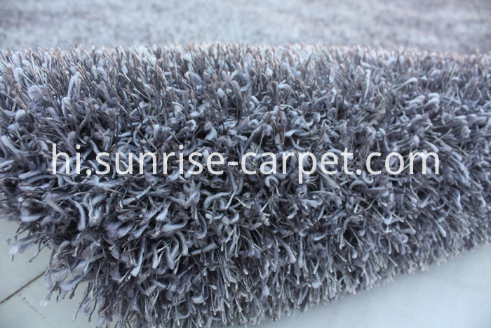 Polyester Shaggy Rug mix yarn with Solid color