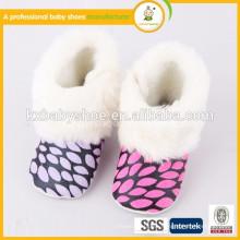 China Zapatos de las ventas al por mayor para los zapatos de bebé de los niños calificados
