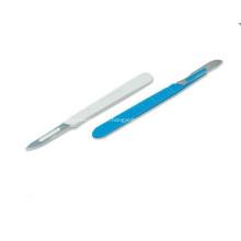 Lâmina cirúrgica médica estéril com punho plástico