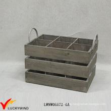 Rústico Usado Olhando as caixas de madeira do vinho